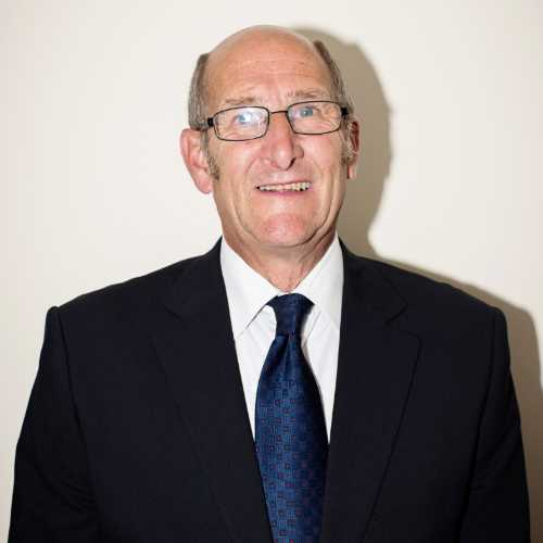 Bob Bowater Funeral Director Poole, Bournemouth - Head & Wheble